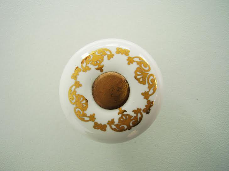 Мебелна дръжка порцелан десен 259, метал антик