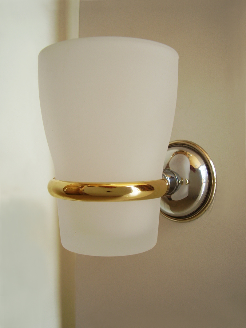 чаша зъбни четки стъклена хром  злато