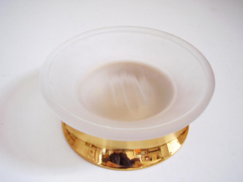 сапунека позлатена стъклена стояща
