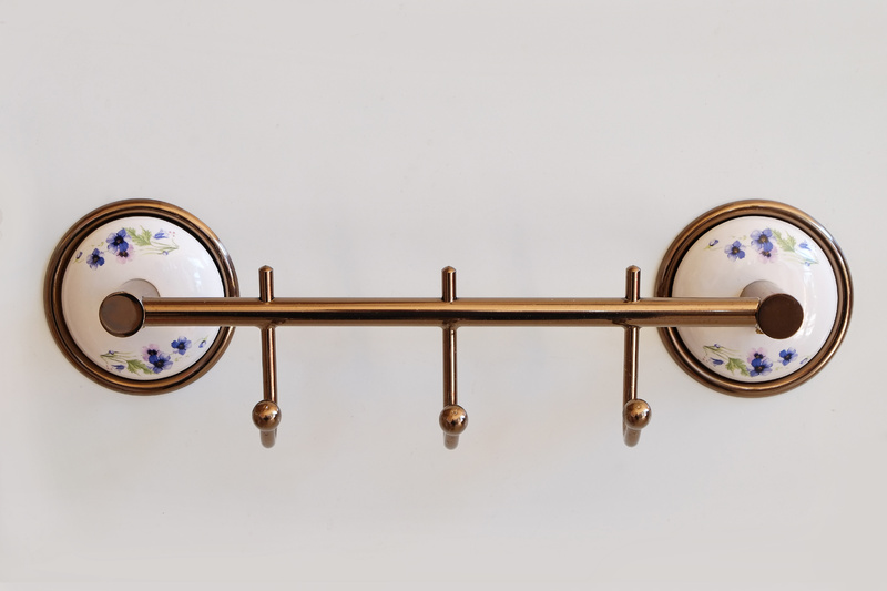 Тройна закачалка за баня