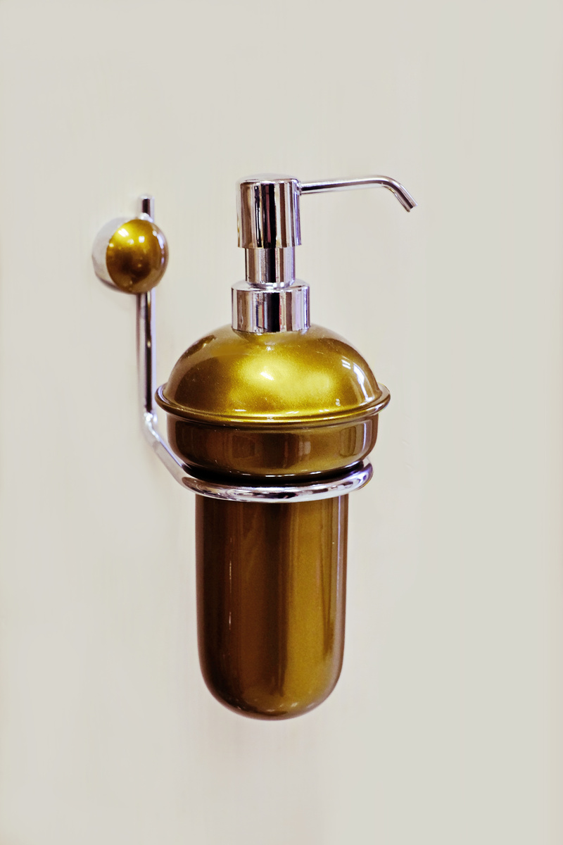 Д-ч на дозатор течен сапун стенен-старо злато