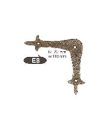 E 8  Ъгли ,материал месинг,цвят оксит и  антик