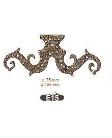 E15   Ъгли ,материал месинг,цвят оксит и  антик