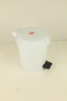 Тоалетни кошчета-материал ABS 5 л. с педал