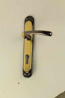 Дръжки за интериорни врати от месинг модел Е 19 00 00