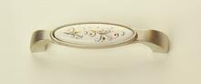 Мебелна дръжка порцелан десен 2000-128мм,метал сатен 165