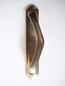 Дръжка за летяща врата месинг 240808 цвят сатен