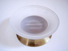 Сапунера стояща от месинг, цвят старо злато