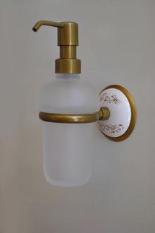 Д-ч на дозатор течен сапун месинг/стъкло